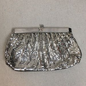 Vintage Whiting Davis Silver Metal Clutch